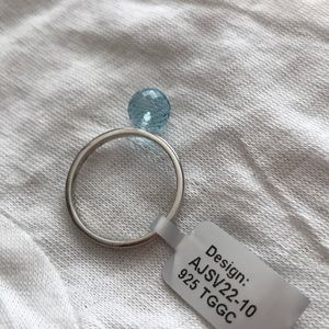 Jewelry - NWT 💍 Blue Topaz Sterling Silver Ring, Size 10